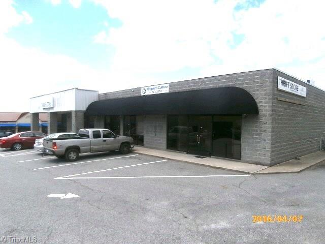 1530 E Dixie Drive, Asheboro NC 27203 - Photo 1