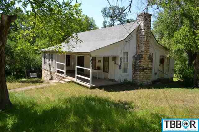 821 Center, Salado TX 76571 - Photo 1