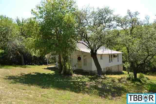 821 Center, Salado TX 76571 - Photo 2