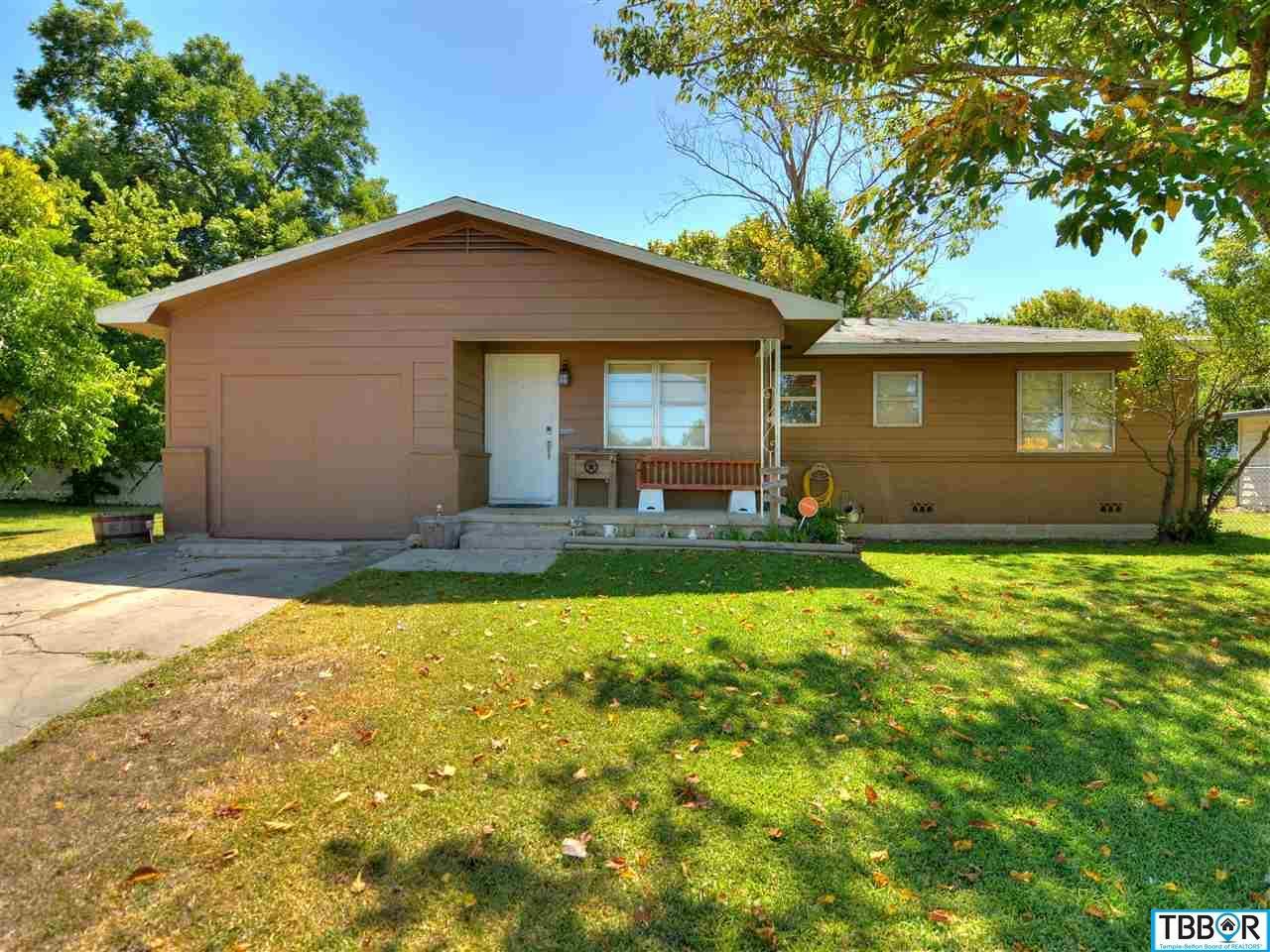 605 S 5th St, Copperas Cove TX 76522 - Photo 1