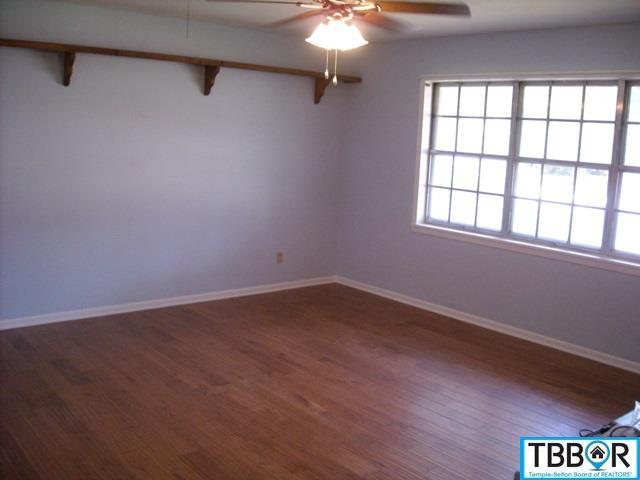 211 W Killen Lane, Temple TX 76501 - Photo 2