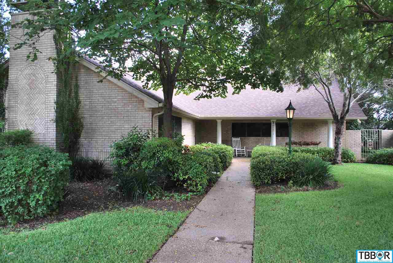813 Trail Crest Drive, Harker Heights TX 76548 - Photo 1