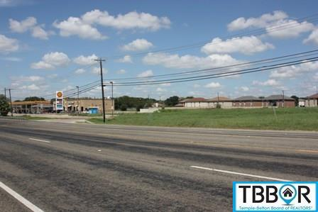 5901 E Rancier Ave., Killeen TX 76541 - Photo 2