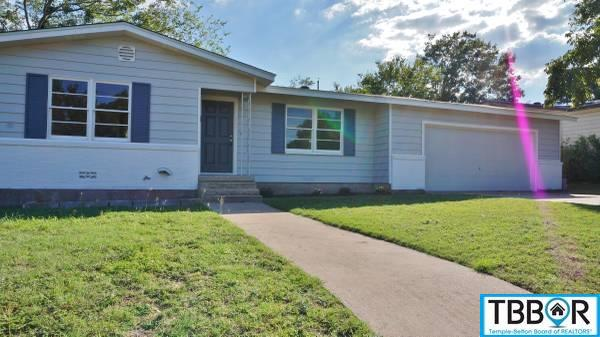 209 W Victory Ave, Temple TX 76501 - Photo 2