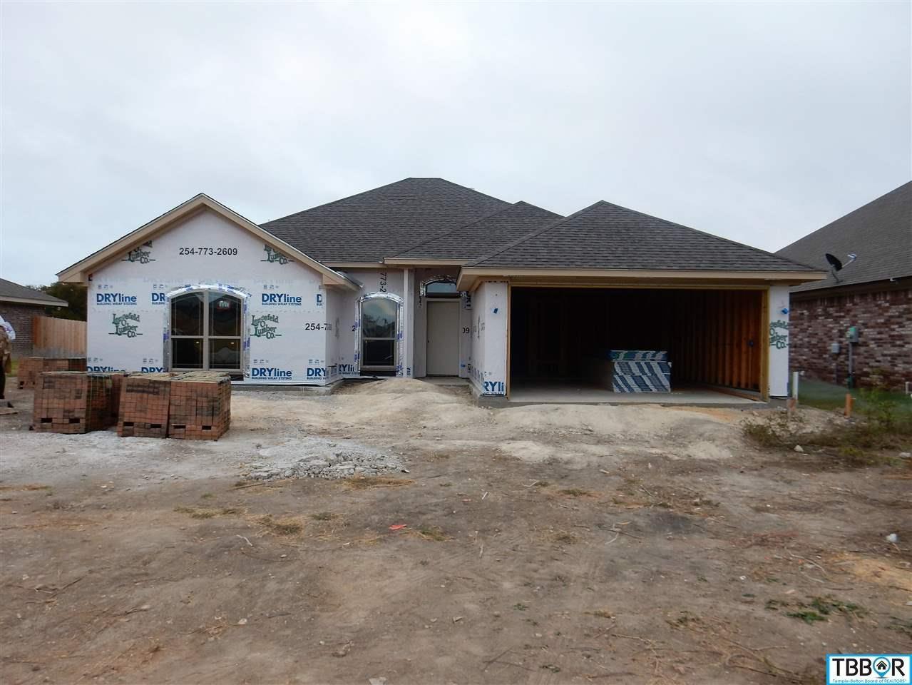 2105 Briar Hollow Drive, Temple TX 76502 - Photo 1