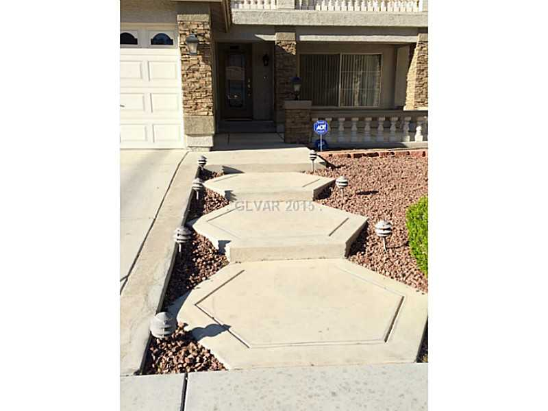 534 Campus Oaks Court, Las Vegas NV 89183 - Photo 2