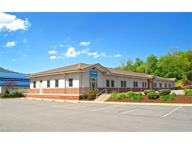 18 Bowman Drive, Waynesville NC 28785 - Photo 1
