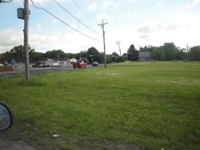 1607 Maple Road, Joliet IL 60432 - Photo 1