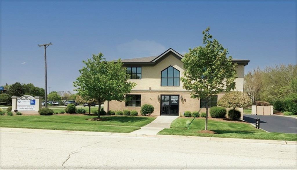 511 Eichler Drive, Unit 101-206, West Dundee, IL, 60118 Photo 1
