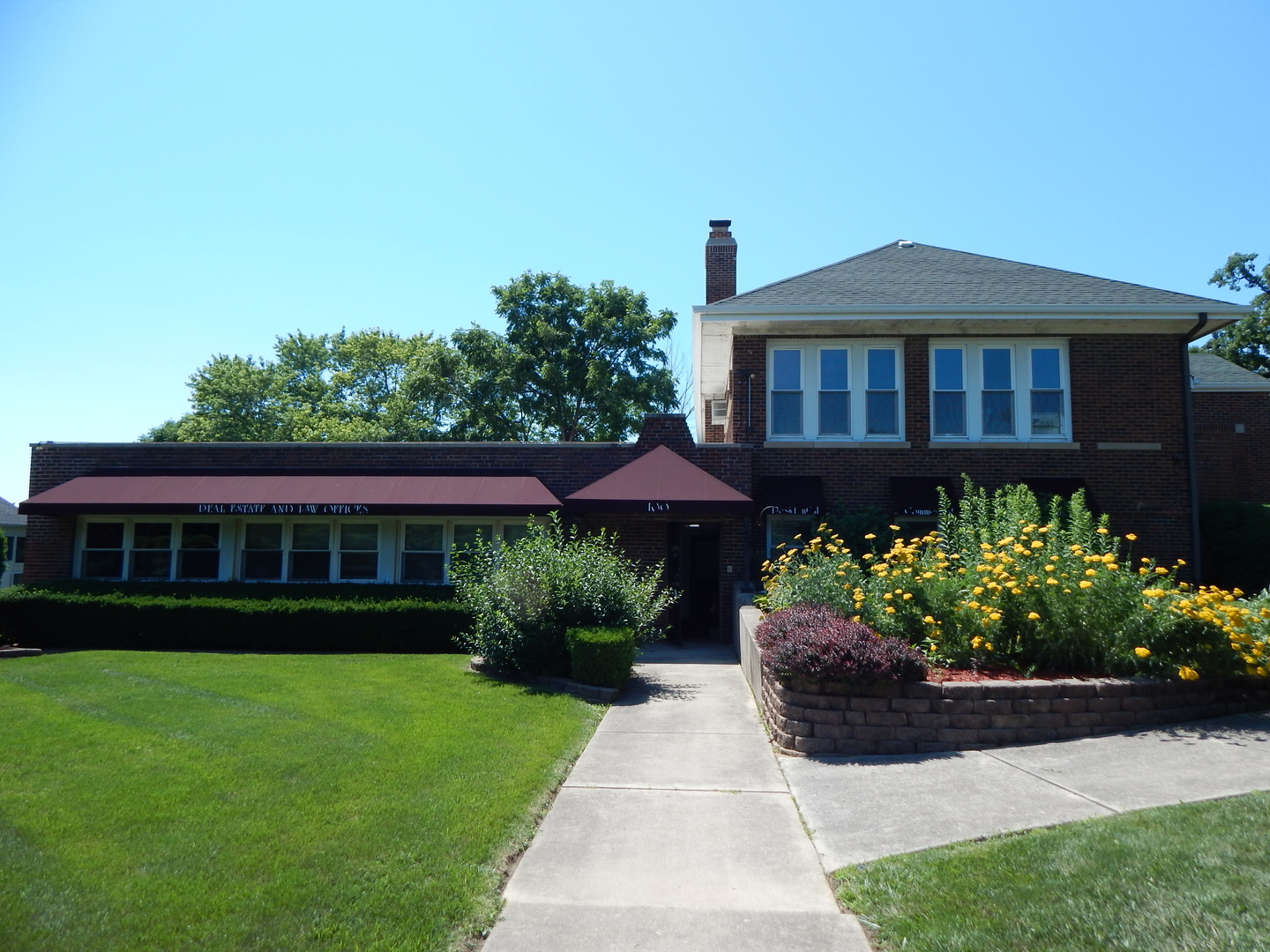 100 Hahndorf Road, West Chicago IL 60185 - Photo 1