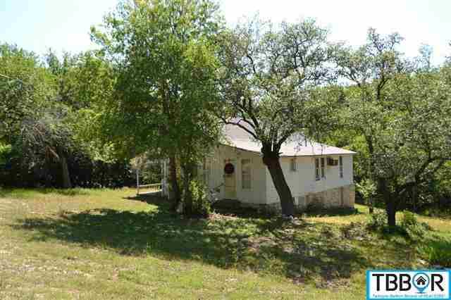 821 Center, Salado TX 76571 - Photo 2