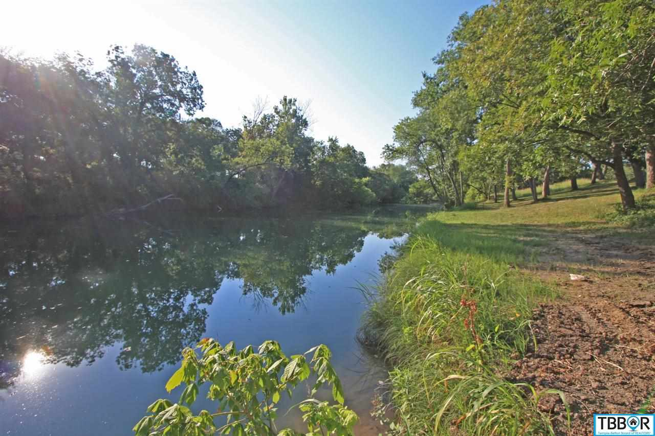 1015 River's Edge Dr, Belton TX 76513 - Photo 1