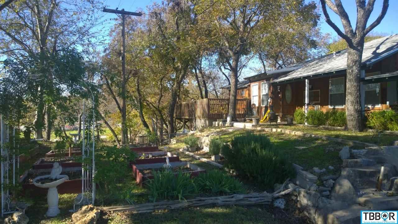 104-200 N Pearl, Belton TX 76513 - Photo 2