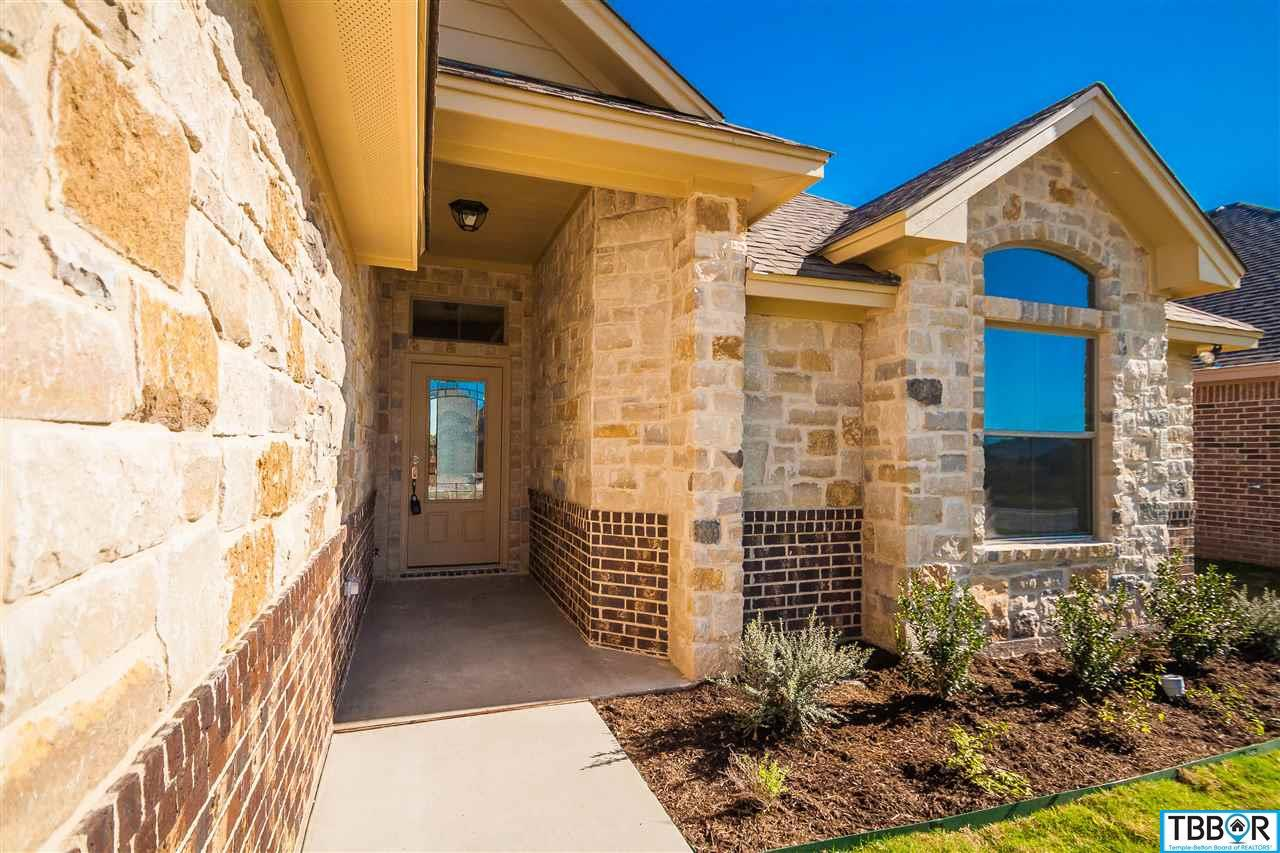2917 Crystal Ann Drive, Temple TX 76502 - Photo 2