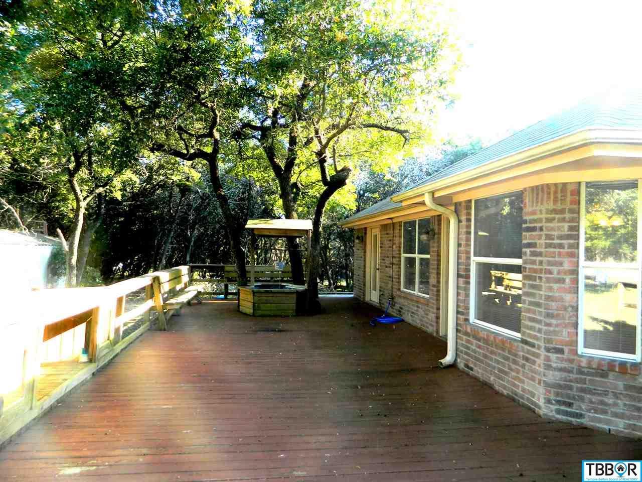 1 Coveview Drive, Belton TX 76513 - Photo 2
