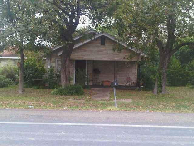 201 S Central, Troy TX 76579 - Photo 1