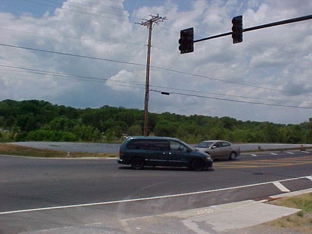 1003 Center Point Rd, Hendersonville TN 37075 - Photo 2