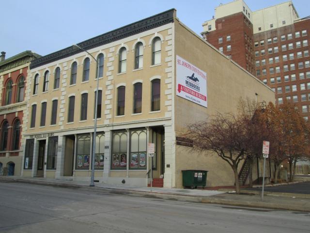 105 S 4th Street, St Joseph MO 64501 - Photo 2