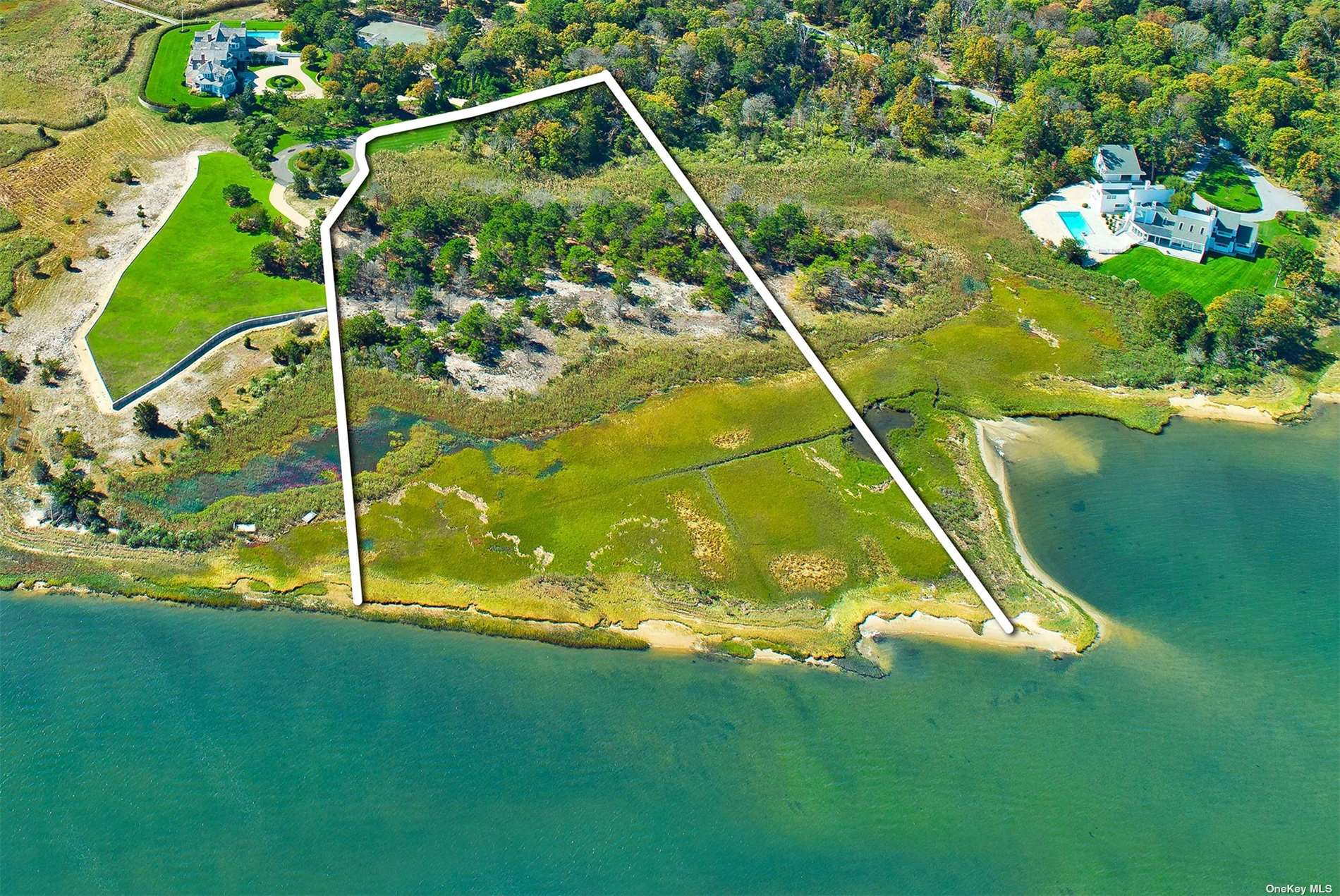 38 Second Neck Ln, Quogue NY 11959 - Photo 2