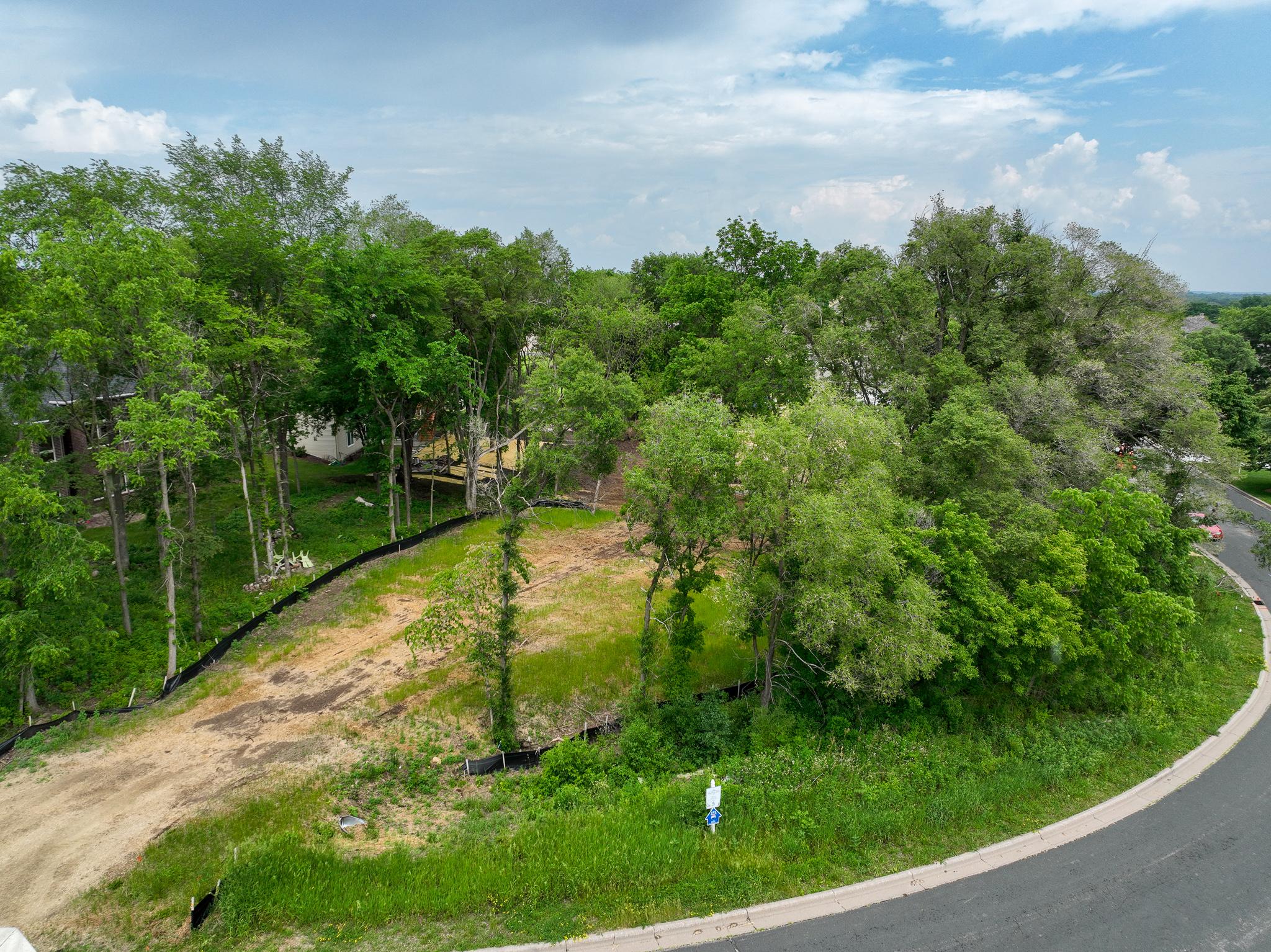 1648 Oak Hill Drive, Hastings MN 55033 - Photo 2