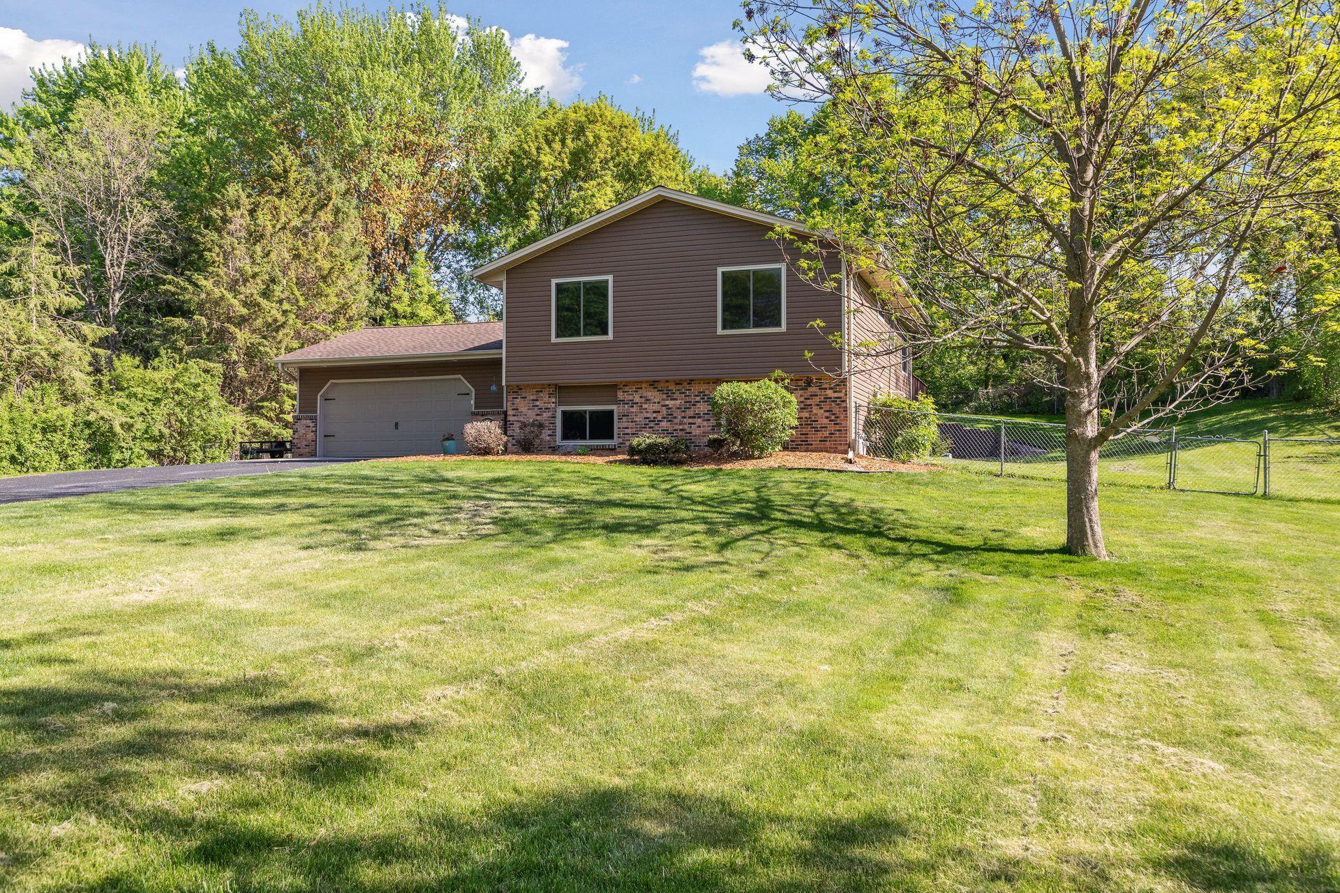 5101 W Hidden Valley Drive, Savage MN 55378 - Photo 2
