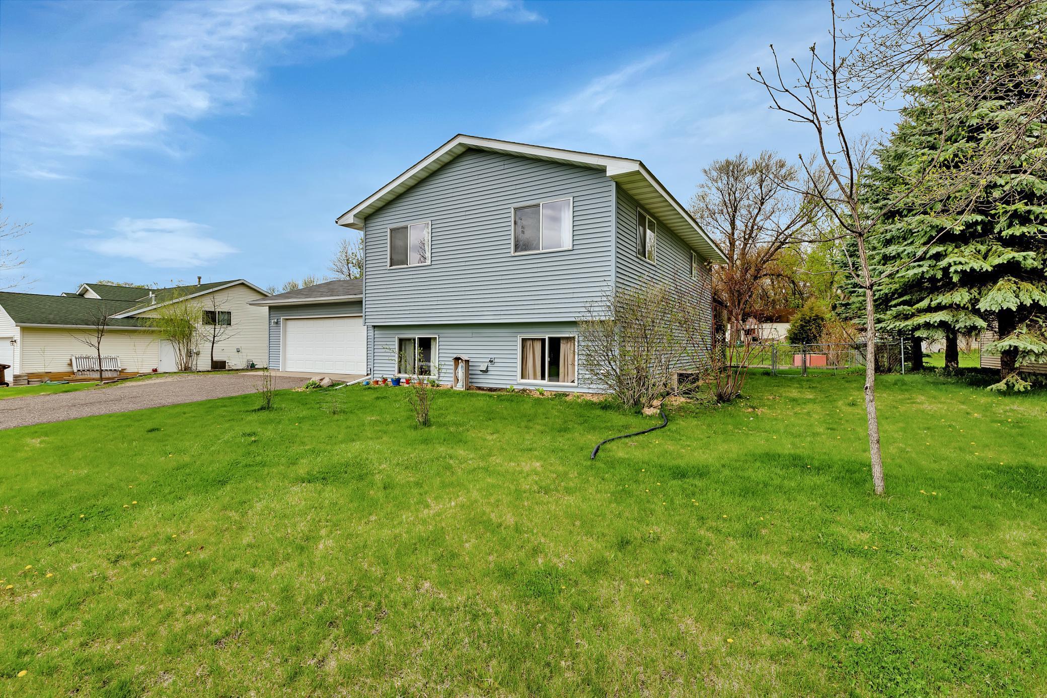 705 Haywood Drive, Howard Lake MN 55349 - Photo 2