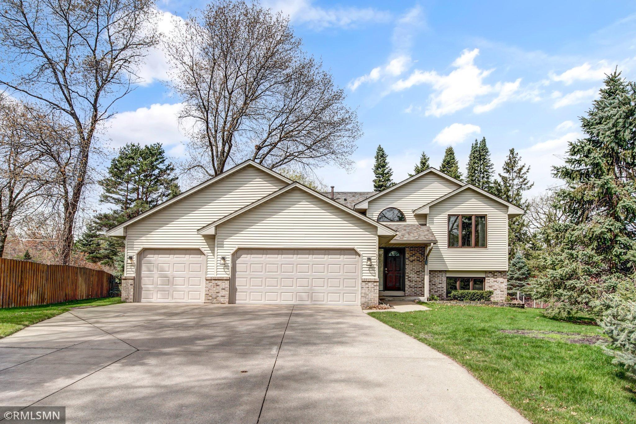 9064 Norway Street Nw, Coon Rapids MN 55433 - Photo 1