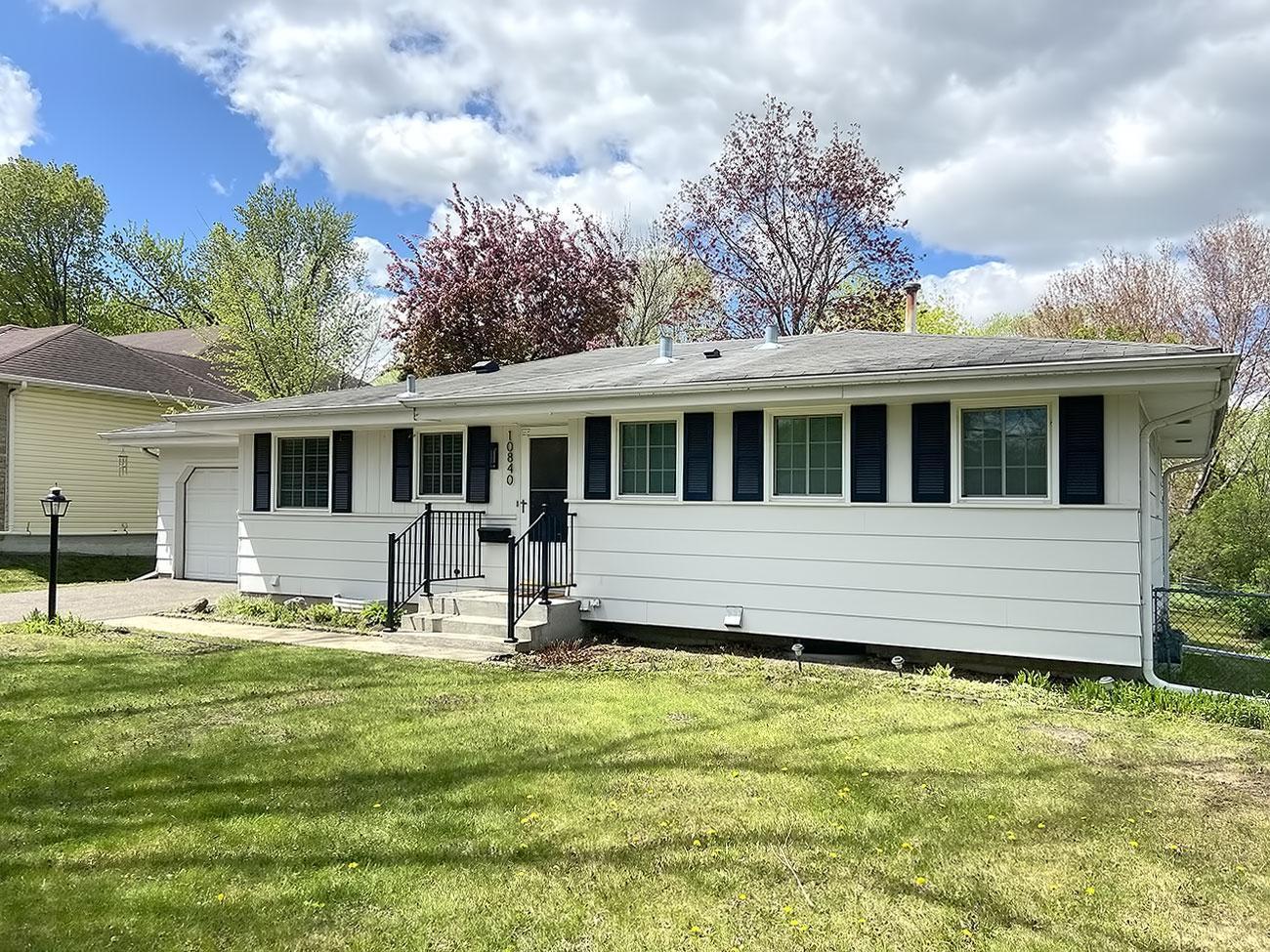 10840 Nord Avenue S, Bloomington MN 55437 - Photo 1