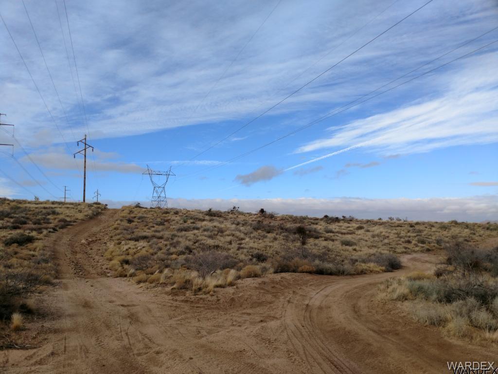 - Cheyenne Avenue, Kingman AZ 86401 - Photo 1