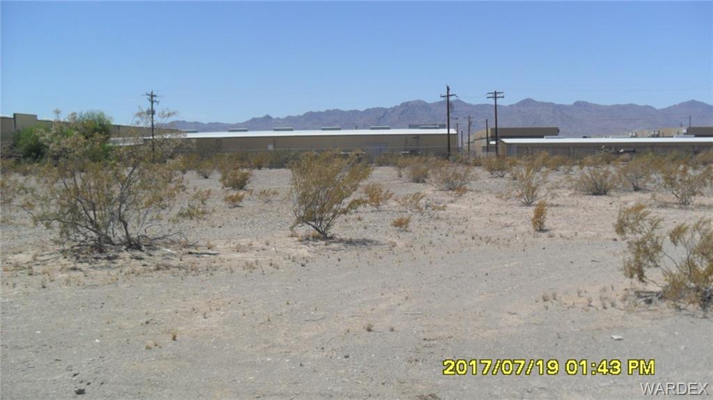5060 La Calzada Drive, Fort Mohave AZ 86426 - Photo 1