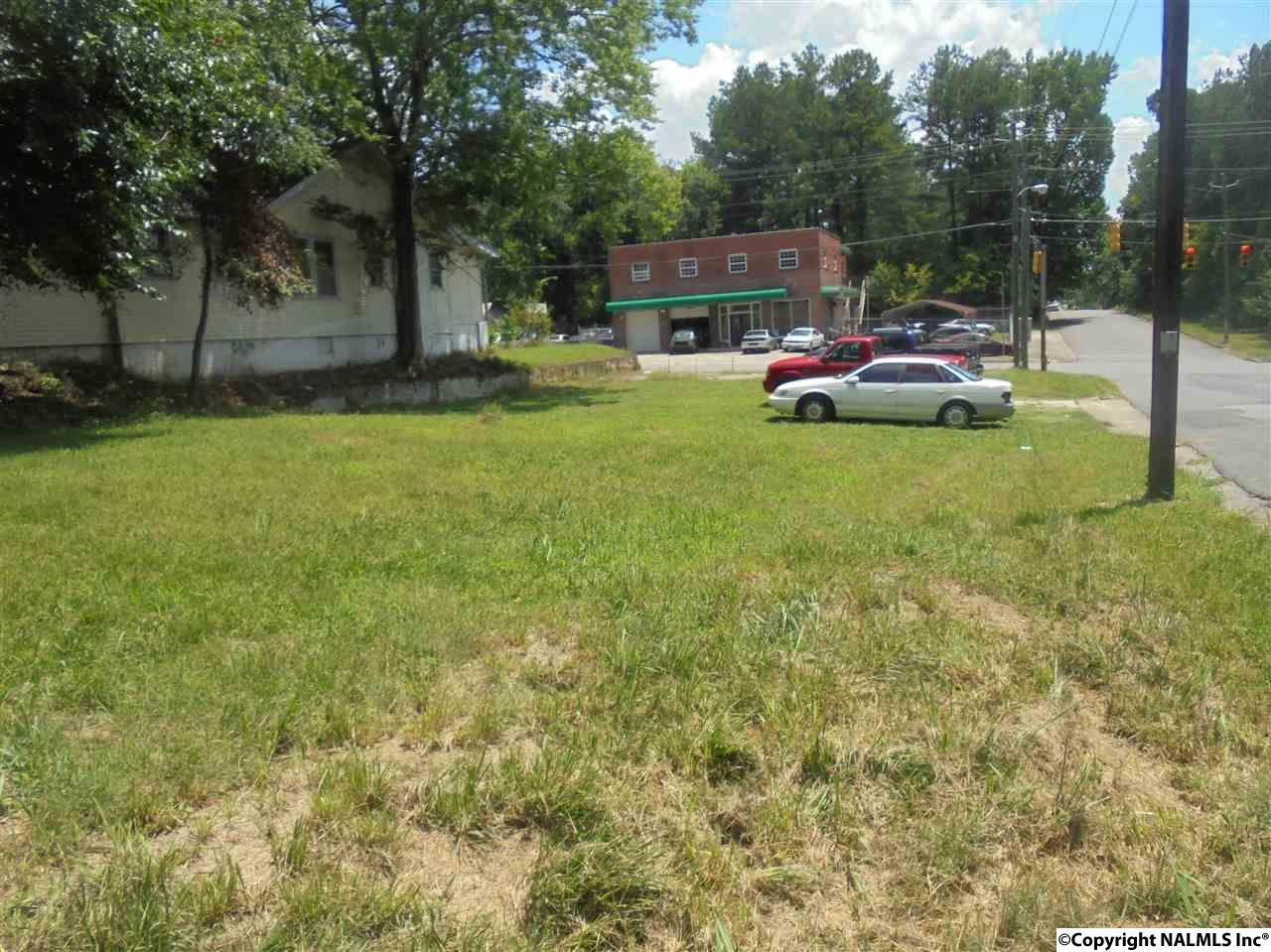 1523 Forrest Avenue, Gadsden AL 35901 - Photo 1