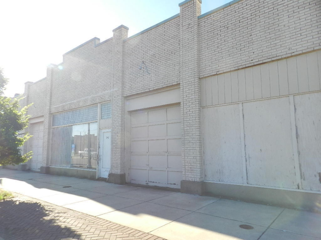 242 Territorial Rd Road, Benton Harbor MI 49022 - Photo 2