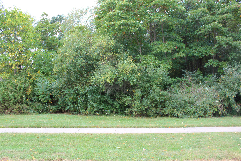1554 Carolyn Drive, Benton Harbor MI 49022 - Photo 2