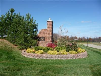 5088 S Dickinson Estates Drive #5, St. Joseph MI 49085 - Photo 1