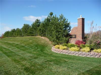5006 N Dickinson Estates Drive #13, St. Joseph MI 49085 - Photo 2