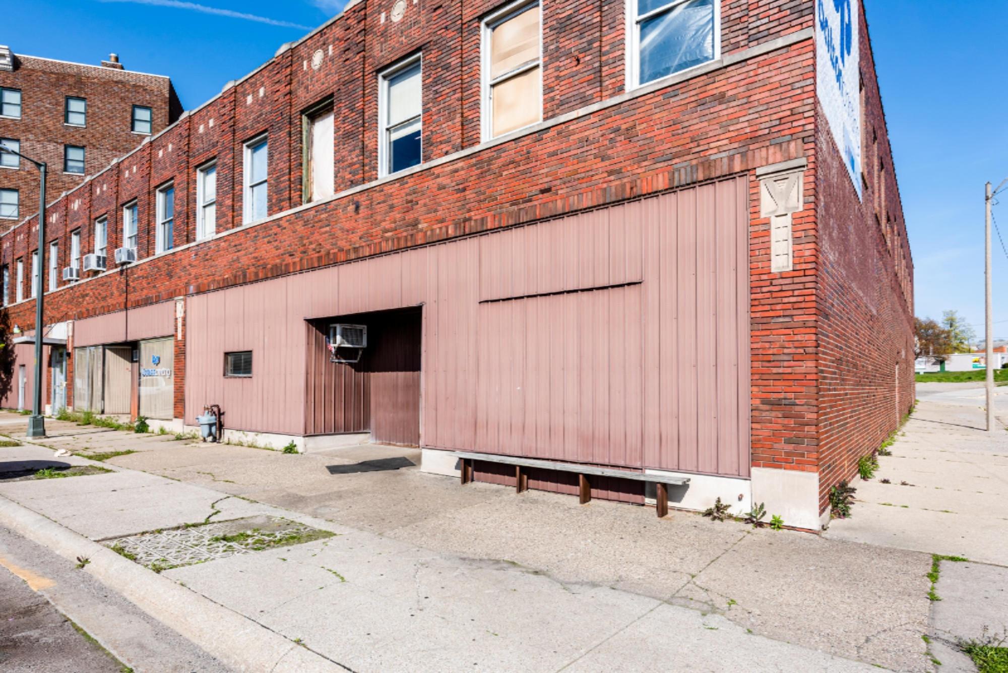 195 Michigan Street, Benton Harbor MI 49022 - Photo 2