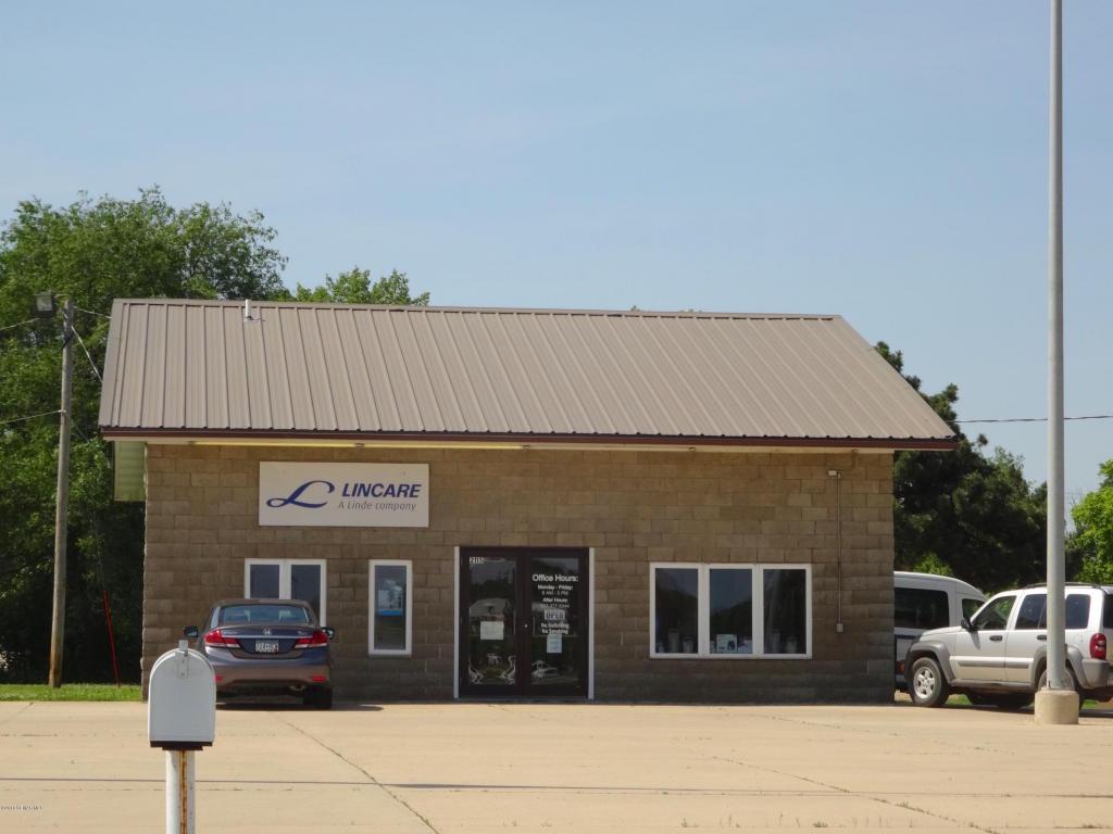 2211 E Main Street, Albert Lea MN 56007 - Photo 2