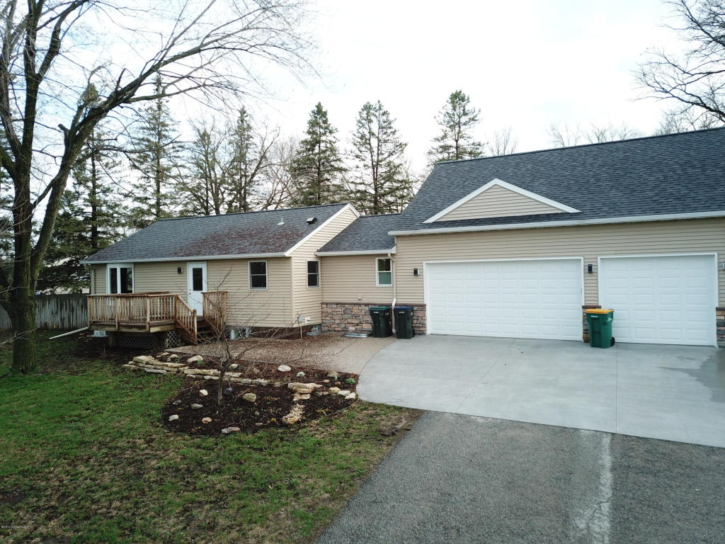 3939 Marion Road Se, Rochester MN 55904 - Photo 1