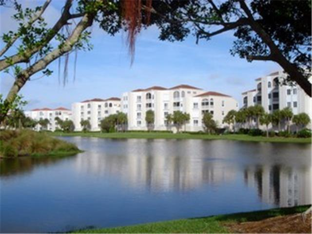 1600 Clermont Dr # 305, Naples FL 34109 - Photo 2