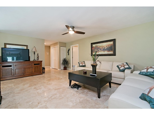 657 91st Ave N, Naples FL 34108 - Photo 2