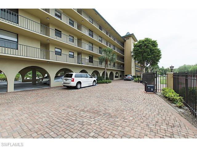 271 Southbay Dr # 234, Naples FL 34108 - Photo 2