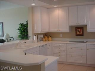 425 Cove Tower Dr # 902, Naples FL 34110 - Photo 2