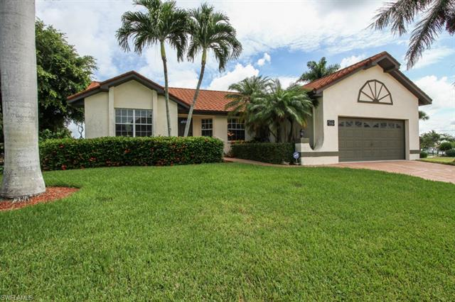 806 Manor Ter, Marco Island FL 34145 - Photo 1