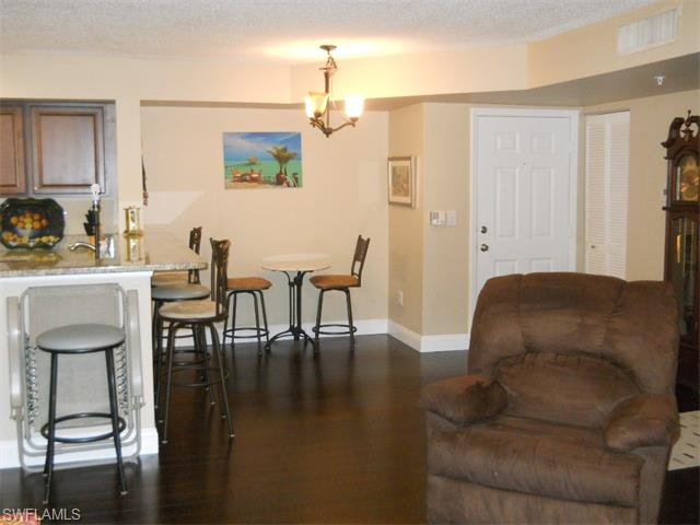 1220 Wildwood Lakes Blvd # 103, Naples FL 34104 - Photo 2