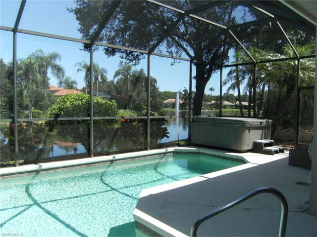 927 Fountain Run, Naples FL 34119