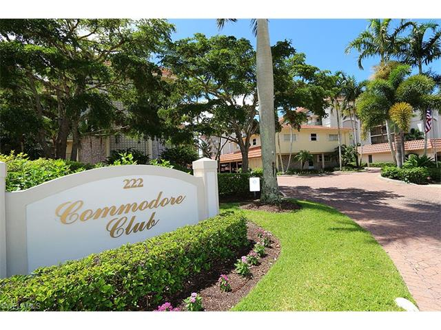 222 Harbour Dr # 105, Naples FL 34103