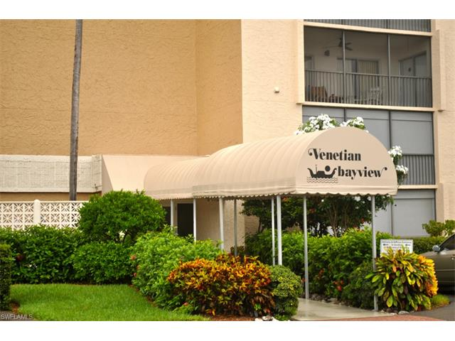 555 Park Shore Dr # 410, Naples FL 34103