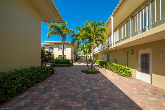 644 12th Ave S # 644, Naples FL 34102 - Photo 2