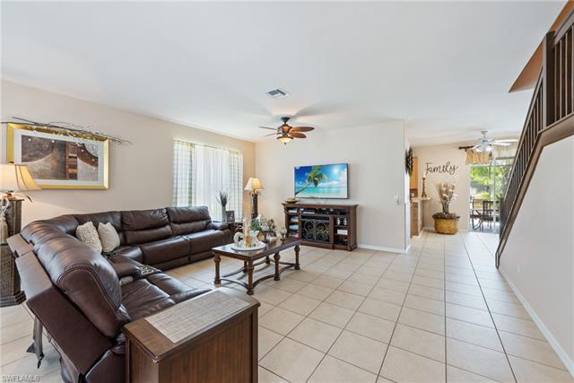 8409 Laurel Lakes Blvd, Naples FL 34119 - Photo 2