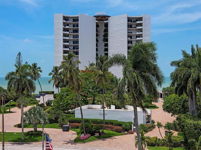 3951 Gulf Shore Blvd N # 402, Naples FL 34103 - Photo 2